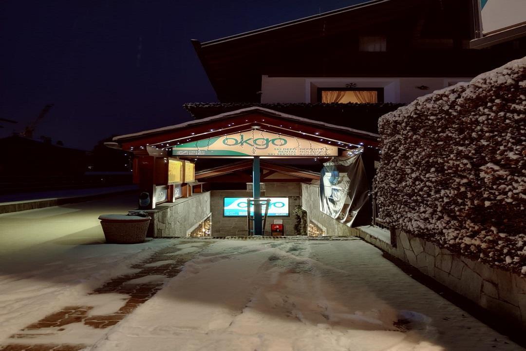 Okgo Cresseri Ski Rent