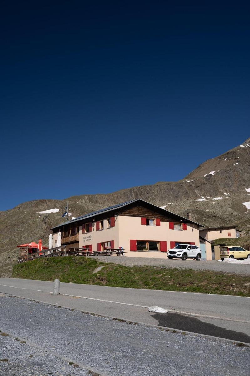 Bonetta Alpine Hut