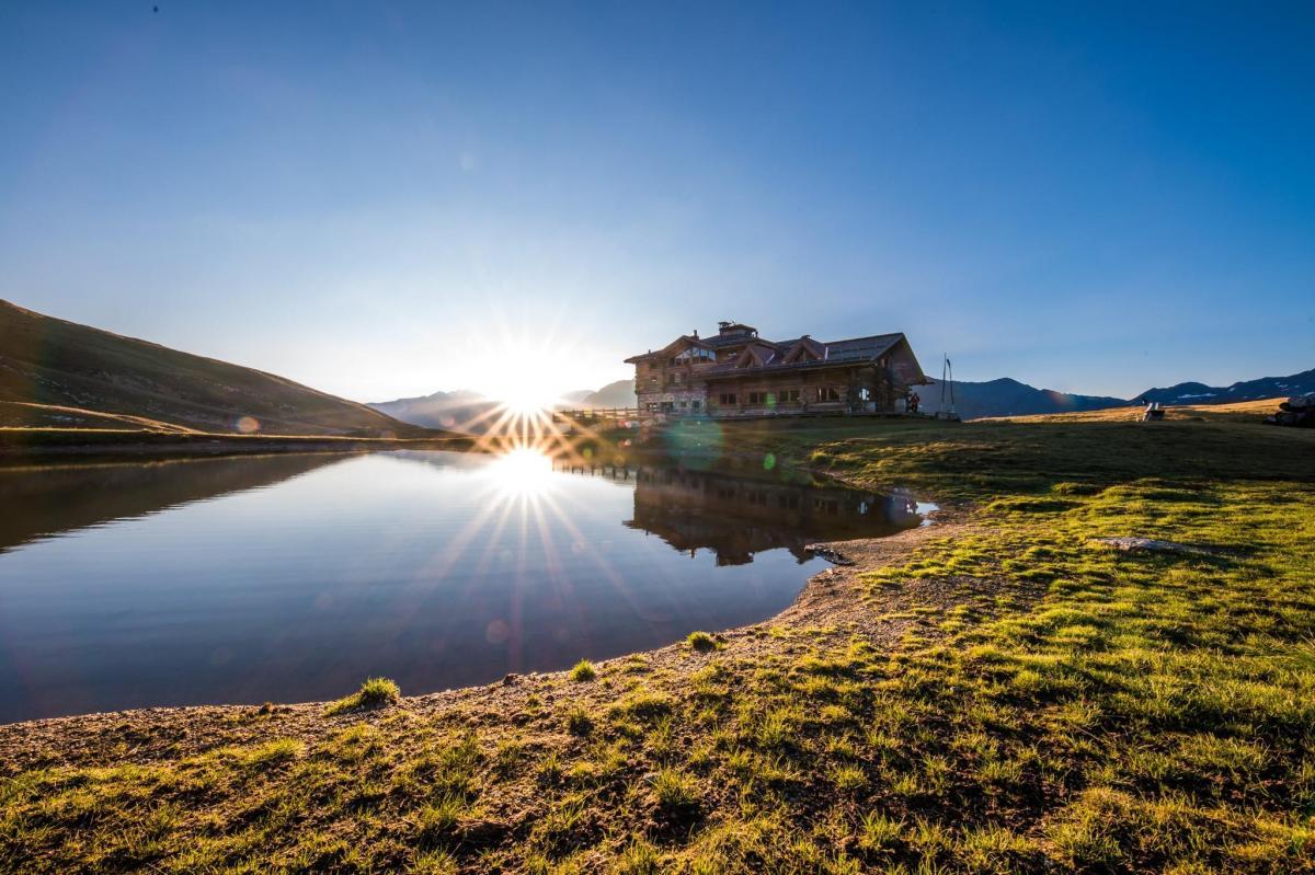 Sunny Valley Kelo Mountain Lodge